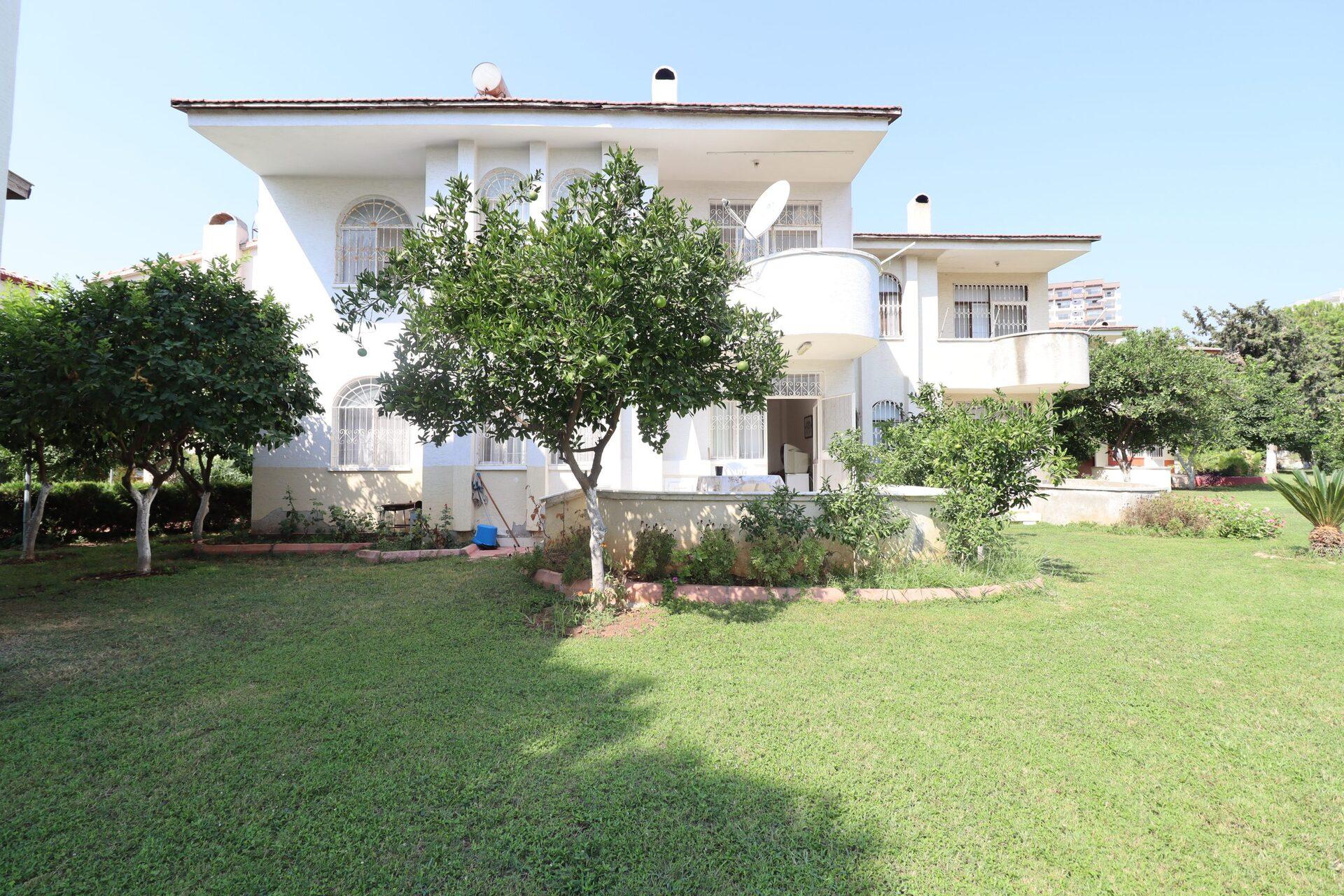 Tömük Güney Marina Villaları Eşyalı Satılık 3+1 Villa