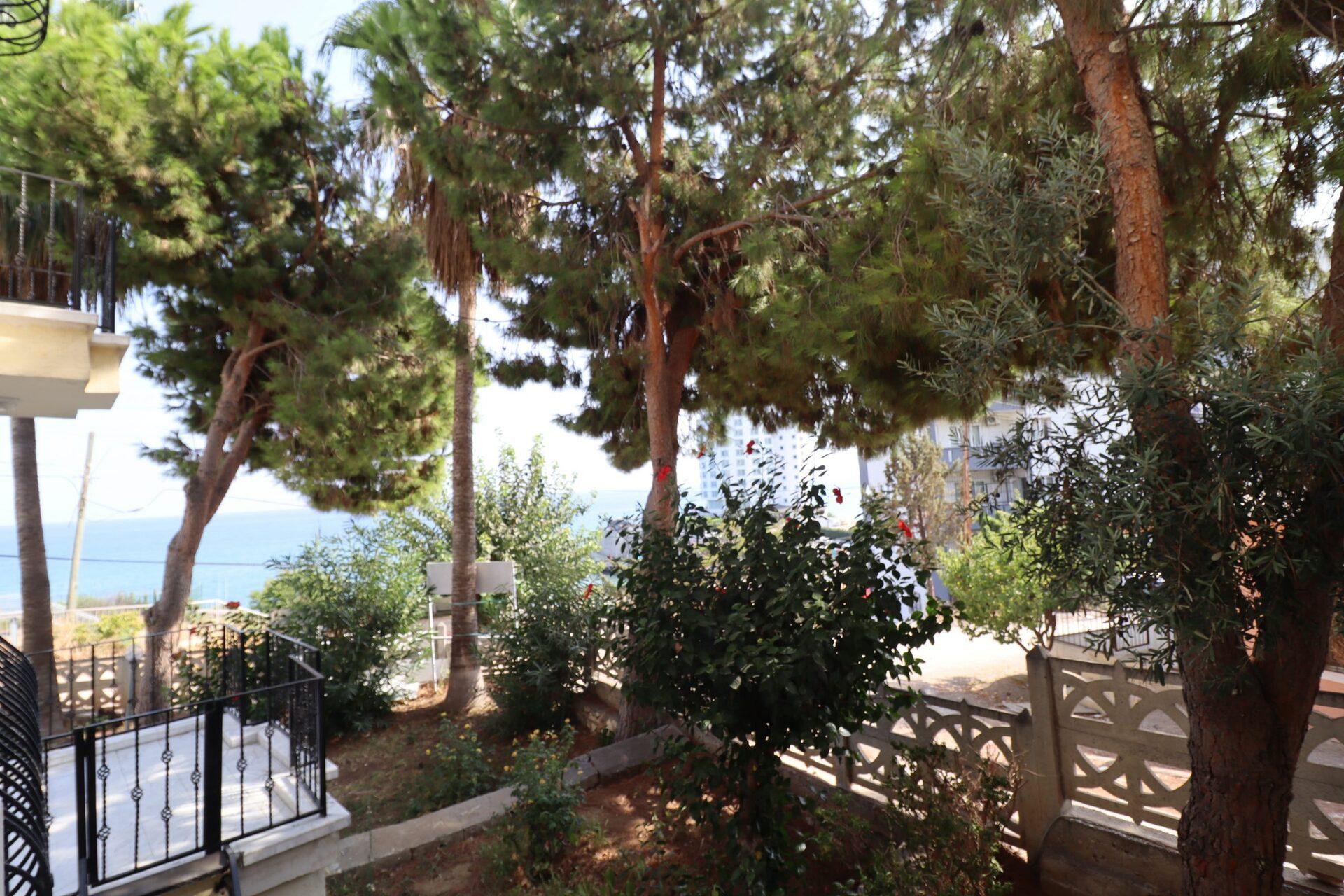 Mersin Ayaş Villa Akpınar Sitesi 4+1 Teraslı Satılık Villa