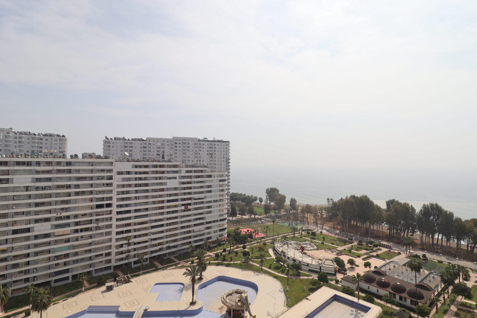 Mersin Erdemli Tömük Doğan Aquapark Sitesi Affordable 2 + 1 Summer Apartment For Sale