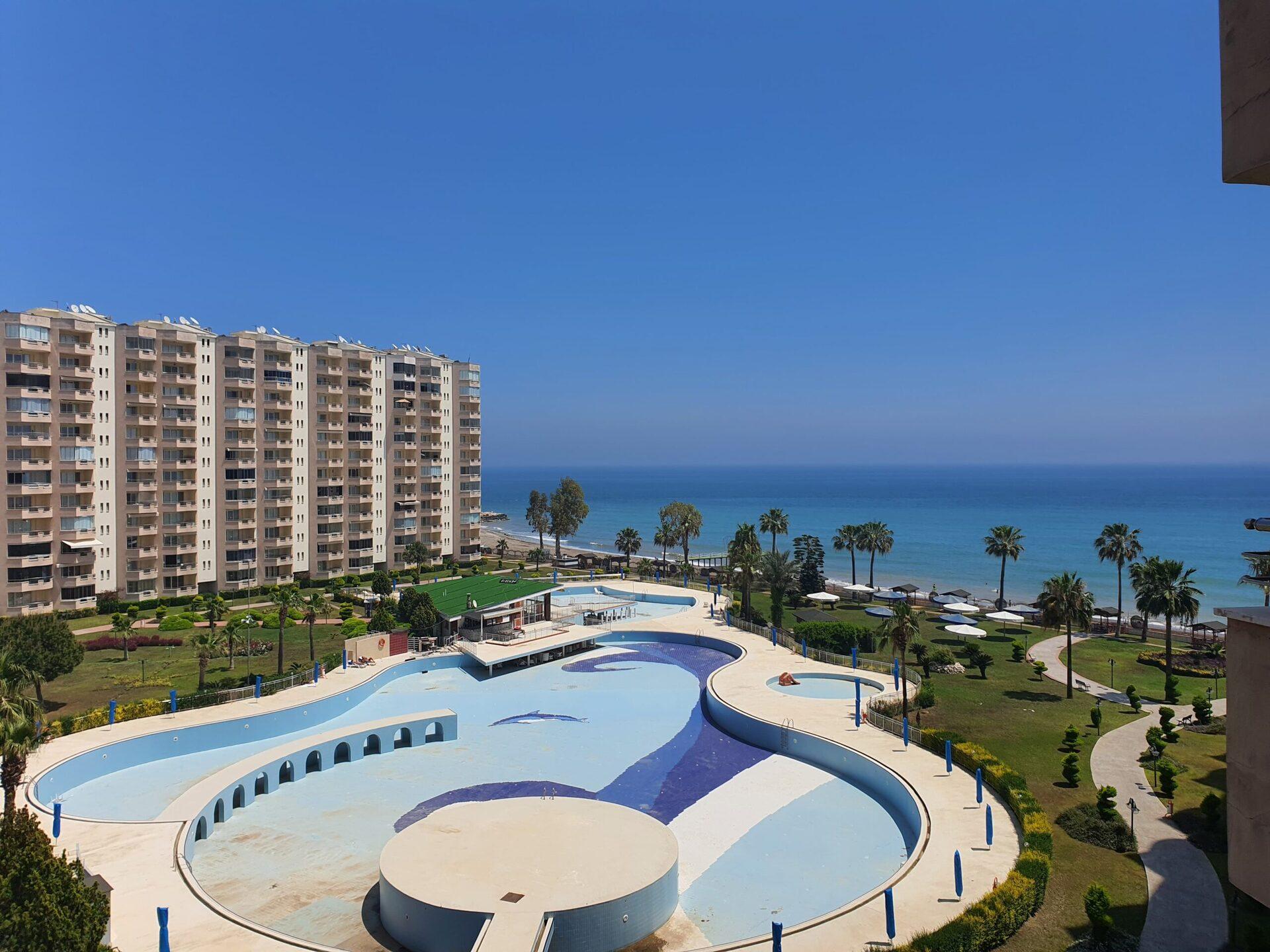 Mersin Erdemli Kargıpınarı Queenaba Site 3 + 1 Summer Apartment